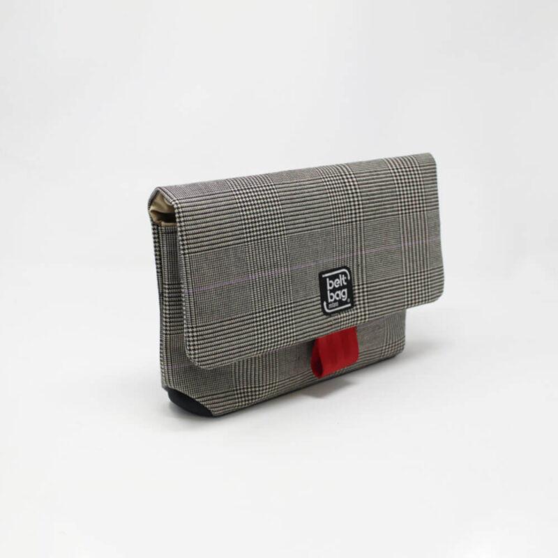 FLAP MD tweed scozzese nero-bianco con chiusura in cintura rossa LAT